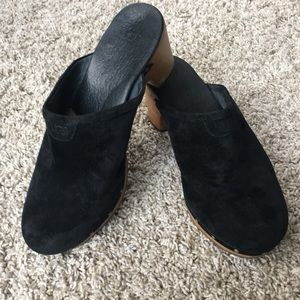Suede, black clogs